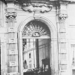 12 F. Sanfelice, palazzo Pignatelli di Monteleone portale